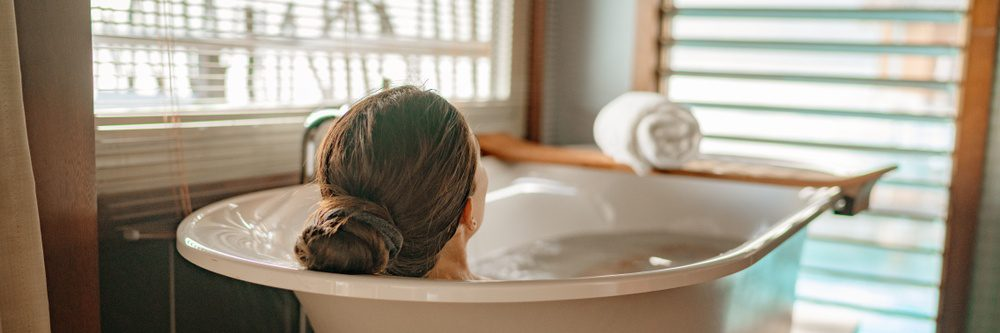Are Hot Baths Beneficial?